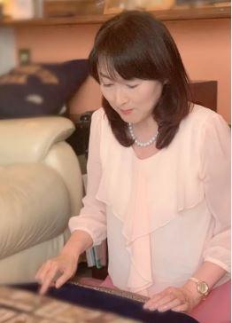 乳がんサバイバー占い師・萌花先生